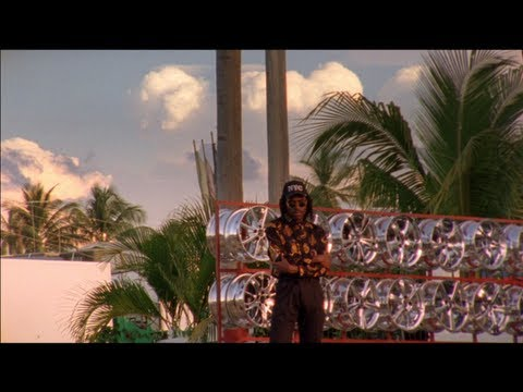 Blood Orange - Chamakay (Official Video)