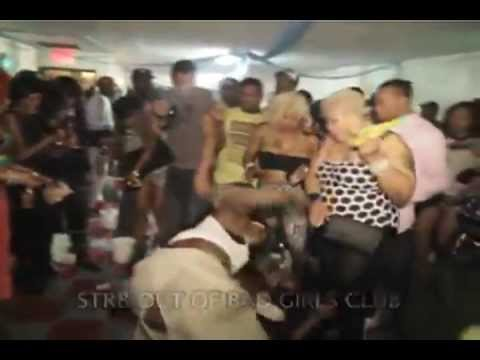 "Brooklyn Bad Girls Club in Brooklyn ""Dancehall Fight"" [HD]"