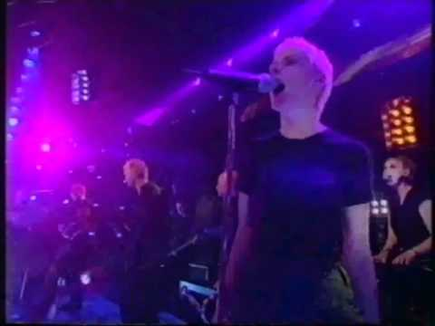 Chumbawamba Tubthumping (I Get Knocked Down But I Get Up Again) Top Of The Pops