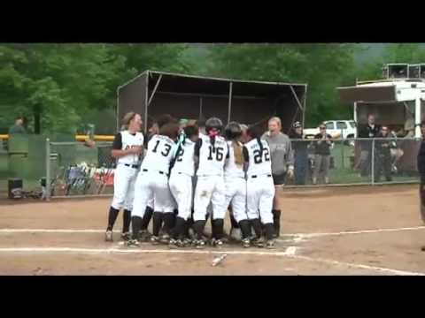 Army wins 2013 Patriot League Softball Championship
