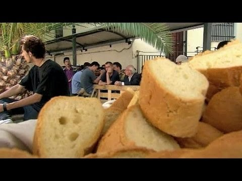 MEPs vote against aid cut for EU's poor.