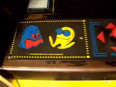 1980 Bally/Midway PacMan Video Arcade Game Machine
