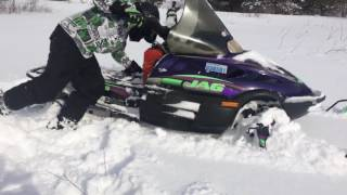 1998 Arctic cat jag 340 playing in 17 inches of pow