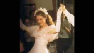 Jai Ho (Pussycat Dolls) - Meryl Streep  (with lyrics)
