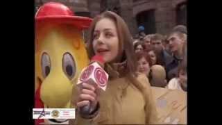 "Тіна Кароль у програмі ""Караоке на Майдані"" 2005 р."