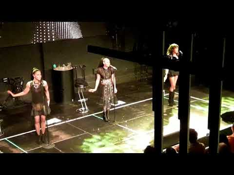"En Vogue | ""Rocket"" - LIVE 