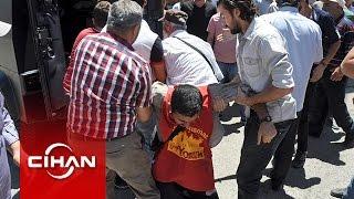 Polis gözaltına aldı; vatandaşlar polisin elinden aldı