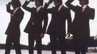 Watch Kinks Hold My Hand video