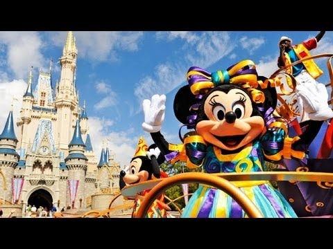"♥♥ Walt Disney World s ""Move It! Shake It! Celebrate It!"" Street Party (in HD)"