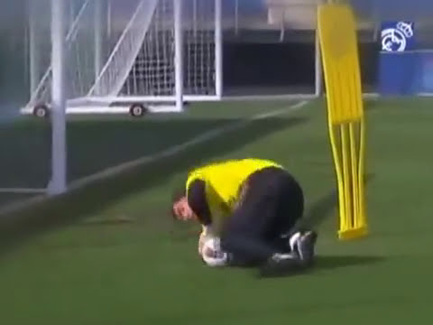 Training of Iker Casillas