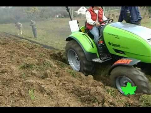 Traktor TUBER 40 , oranje i frezanje, TPS LABINPROGRES