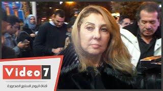 نادية الجندى ونجيب ساويرس يؤديان واجب العزاء فى محمد حسن رمزى