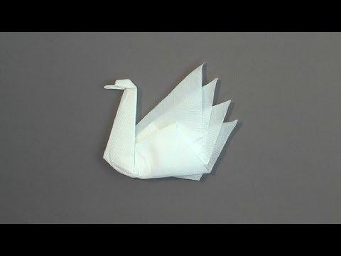 Hur man viker en svan av en servett