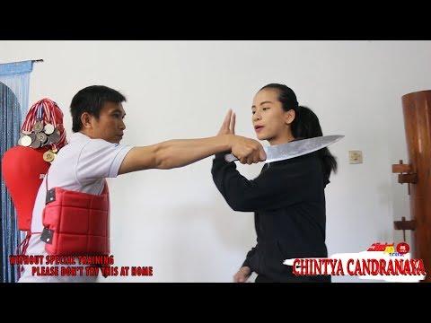 Self Defense Againts Samurai Tatacara Menghadapi Serangan Brutal Bersenjata Tajam