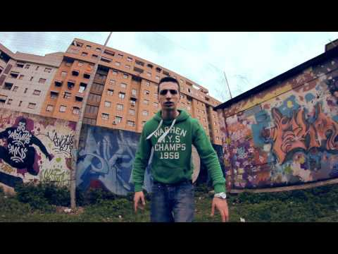 Sharky Mc - Ho Bisogno Di Cash (Official Music Video 2012) Italian Hip Hop