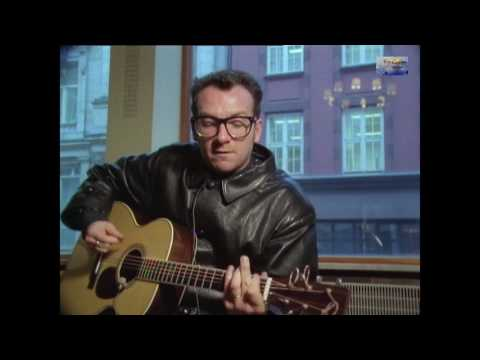 Elvis Costello - Pads Paws And Claws