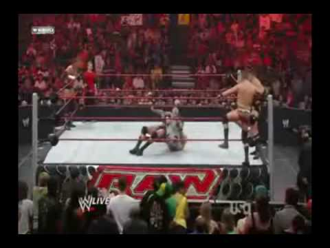 Seth Green on Monday Night Raw 7/13/09 Funny match xD! Video