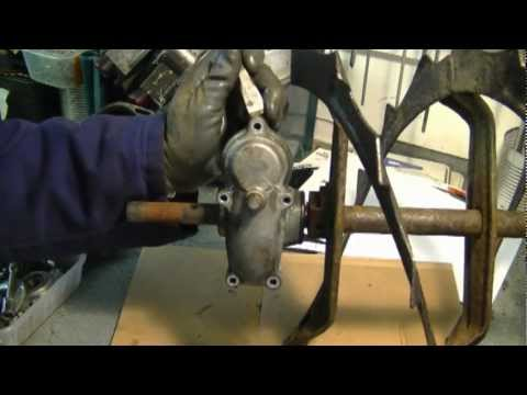 Auger Gear Box Repair on Honda Snowblower Part 1/3
