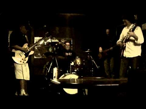 Shuffle Brothers Blues Jam @ The Big Fish 5/12/13 vid 2