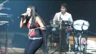 download lagu Beedi Jalaile  Live Concert Of Sunidhi In Singapore.rv gratis