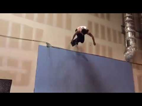 Beastmode from @ronniesandoval_nfc 🎥: @parttimepirate via @doomsayersclub | Shralpin Skateboarding