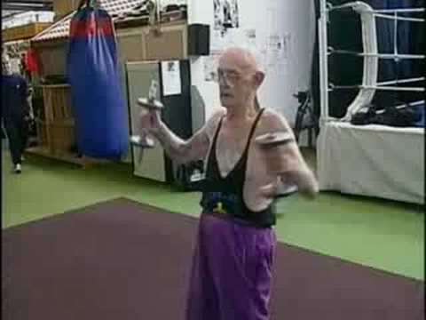 83 year old Boxer - [BroadbandTV]
