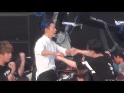 [Fancam] 140815 [SMTown LWT IV] Motorcycle - Eunhyuk and Donghae (Super Junior)