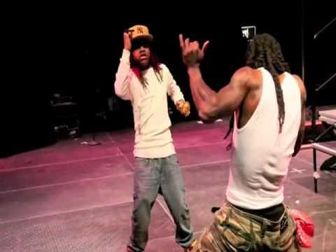Young Money (Gudda Gudda, Nicki Minaj, Jae Millz, Lil Twist & Lil Chuckee) - Wheres Wayne