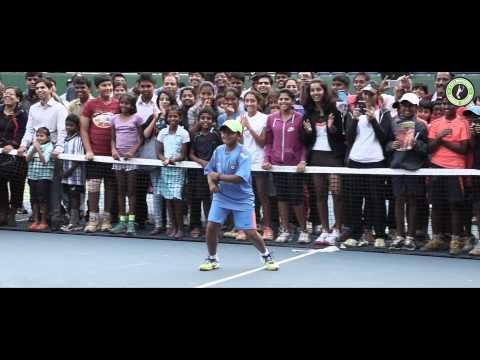 Bangalore kids showing the pros as few strokes