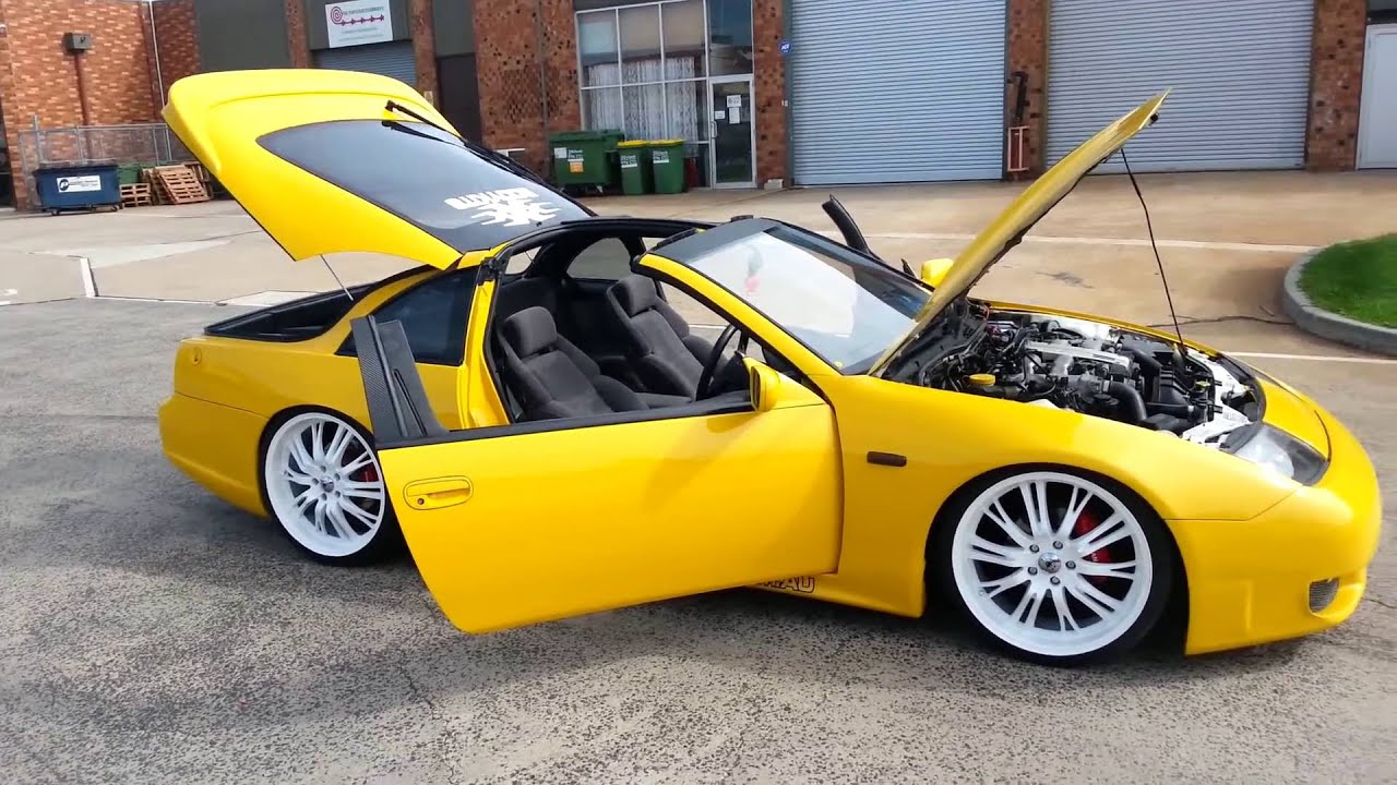 Yellow Nissan 300zx With 20inch White Rims Lowered