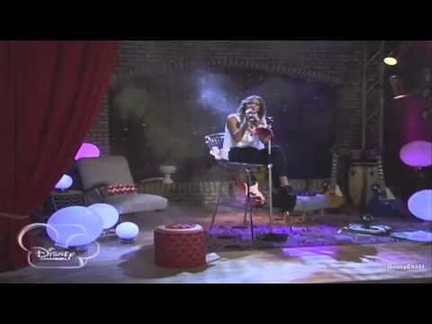 Martina Stoessel canta Hoy Somos Más en The UMix Show