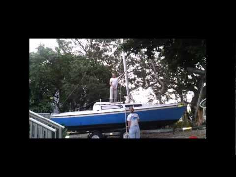 Stepping the mast on a 25 foot MacGregor Sailboat