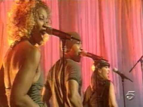 Christina Aguilera   Get Mine, Get Yours Live