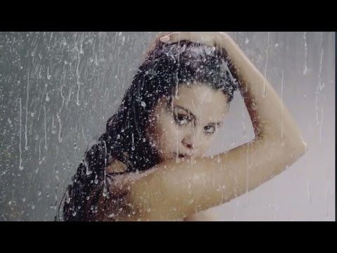 7 Sexy Moments in Selena Gomez 'Good For You' Music Video