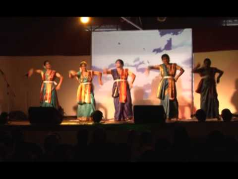 Mono mor megher Sangi - Dance performance by Bango Sangho members...