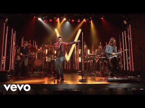 Maroon 5 - Animals (Live On SNL)