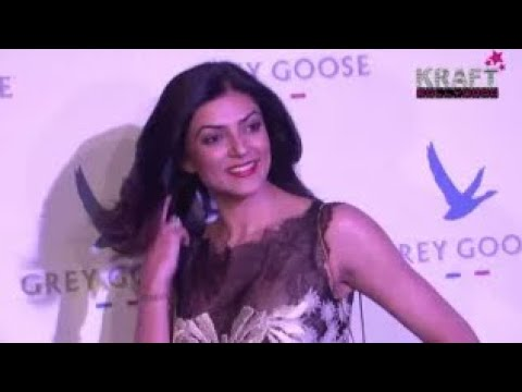 SUSHMITA SEN AT GREY GOOSE VODKA FASHION SHOW