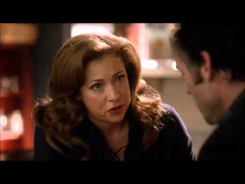 Alex Kingston on Arrow S01E17