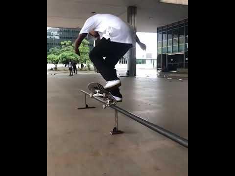 💥💥💥@fgustavoo 🙌🏾 🎥: @oxmvrxpxedrogv | Shralpin Skateboarding
