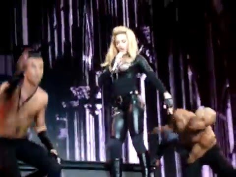 Madonna - Girl Gone Wild / Revolver (Last Night) - MDNA Tour - Cordoba 22 Dec 2012 (by Ale Jump)