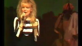 "France Gall - ""Résiste""- Zenith 1987."