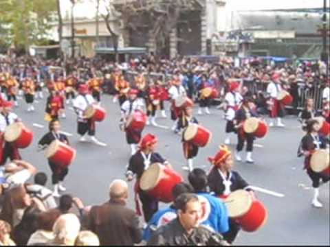 Desfile Nikkei Bicentenario Argentina 2010 - Eisa Taiko