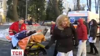 До Київського центрального військового шпиталю прибули важко поранені - (видео)