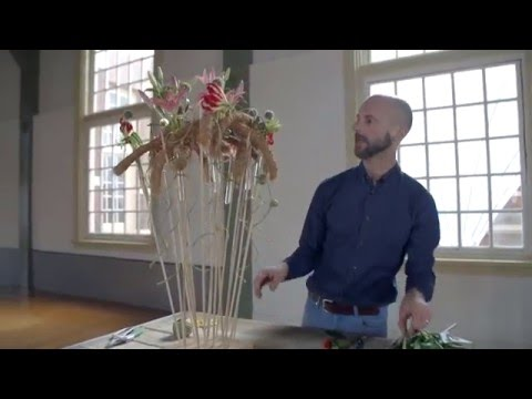 David Ragg | Standing Structure | Flower Arrangements