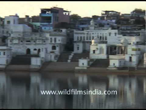 Panoramic view of Pushkar lake and town