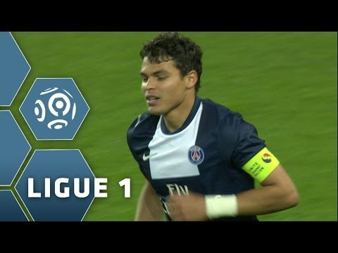 Thiago Silva scores with a WONDERFUL assist from Zlatan Ibrahimovic(14') - PSG-Sochaux (5-0)