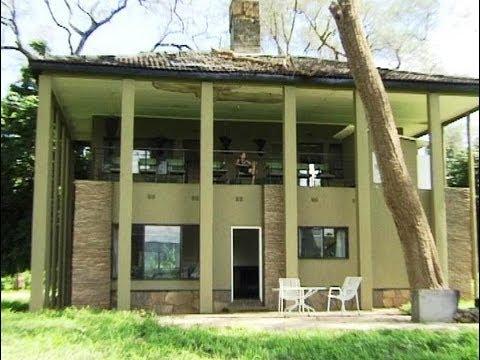 Mana Pools, Zimbabwe - Nyamepi.  Camping & Lodges. Travel Guide.