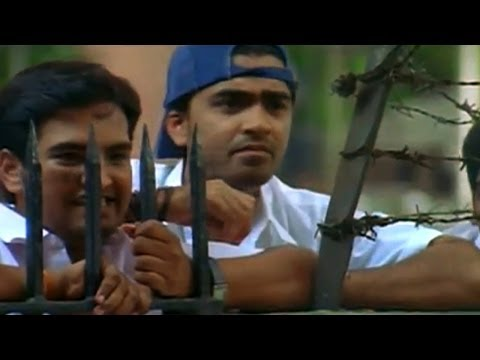 Vallabha Movie || Simbhu & His Friends Searching For Reemasen Comedy Scene video