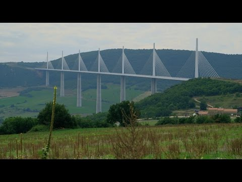 Assembling the World's Tallest Bridge