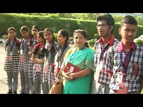 Students wait for PM Modi's Teacher's Day message